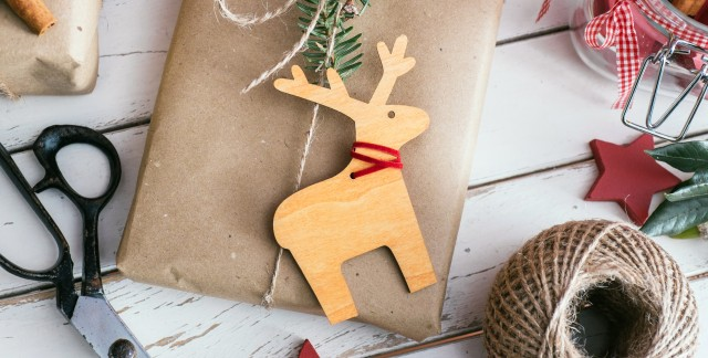 3 ways the kids can help with Christmas wrapping