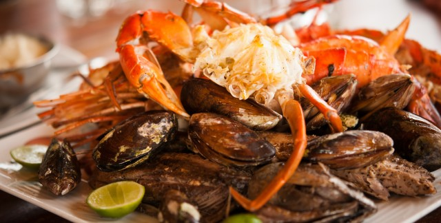 Easy ways to cook crab and mussels