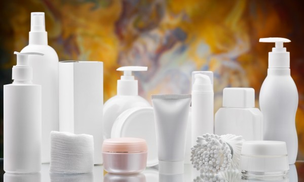 Avoid these ingredients in your cosmetics