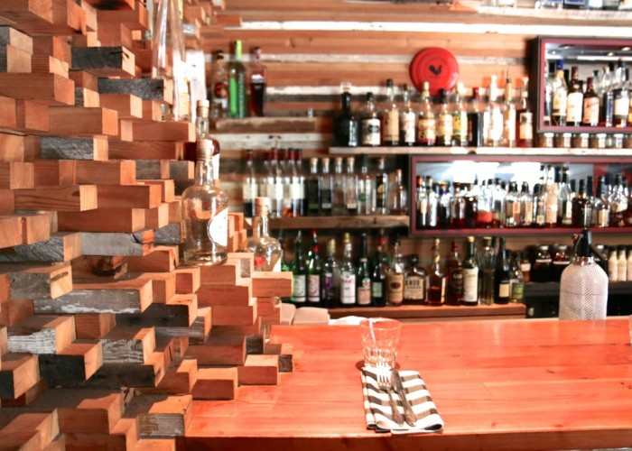 County General is an unfussy restaurant serving globally inspired, locally sourced food for brunch, lunch and dinner. An impressive drink card with heaps of local beers, ciders and wines.