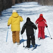 3 fun ways to introduce your family to cross-country skiing