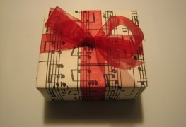 6 DIY gift-wrapping ideas