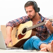 3 essential types of apps for DIY music lessons
