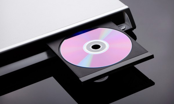 cleaning a dvd