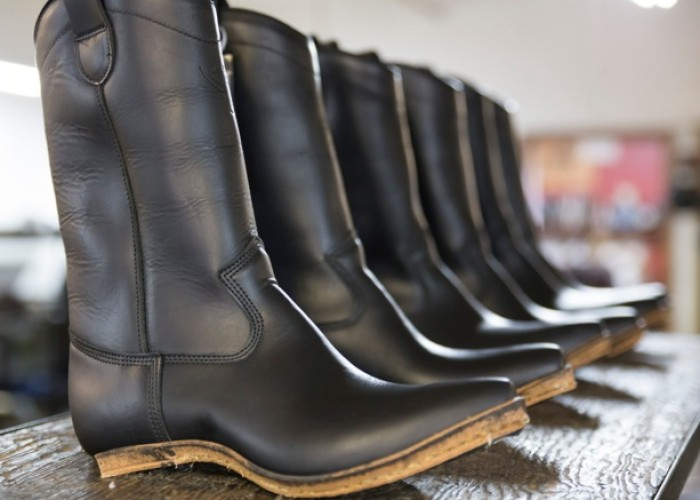 Dayton Boots specializes in high-quality, hand-crafted footwear for men and women.
