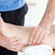 Osteoarthritis: the physical joint examination