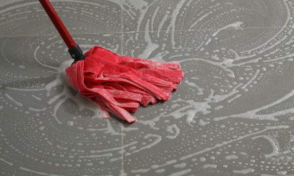 Handy guide to cleaning floors