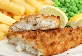 Crusted pan-seared cod with creamy tartar sauce