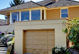 How to choose the right garage door size