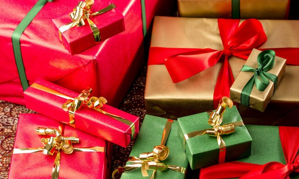6 steps to hosting a fun christmas party with a secret for Fun secret santa gifts