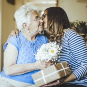 5 Mother's Day gifts for Grandma to make her feel important
