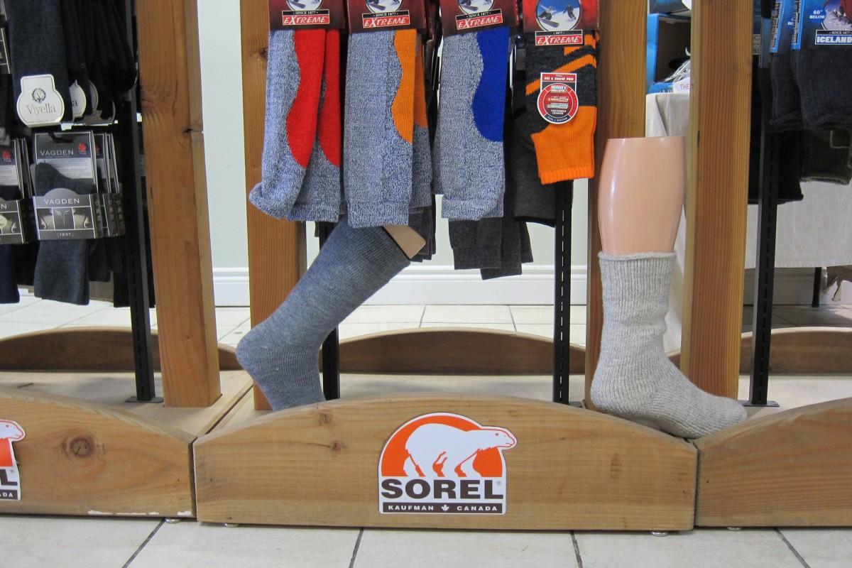 "2 Pairs J.B Field/'s /""Mesh Air GT/"" Merino Wool Hiking Socks"