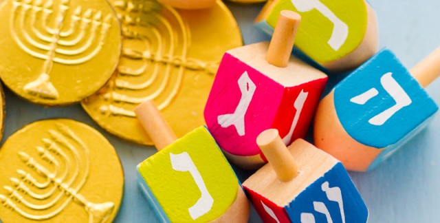 3 easy ways to host a fun Hanukkah party for kids