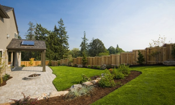 3 tips to improve your backyard | Smart Tips Backyard Tips on scouting tips, go pro tips, office tips, landscaping tips, kayaking tips, restaurant tips, white tips, home repair tips, diy tips, photography tips, chalk paint tips, baby tips, exterior painting tips, wedding tips,
