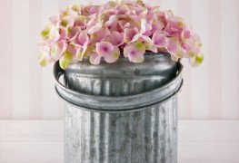 Tips for keeping your hydrangea bouquets from wilting