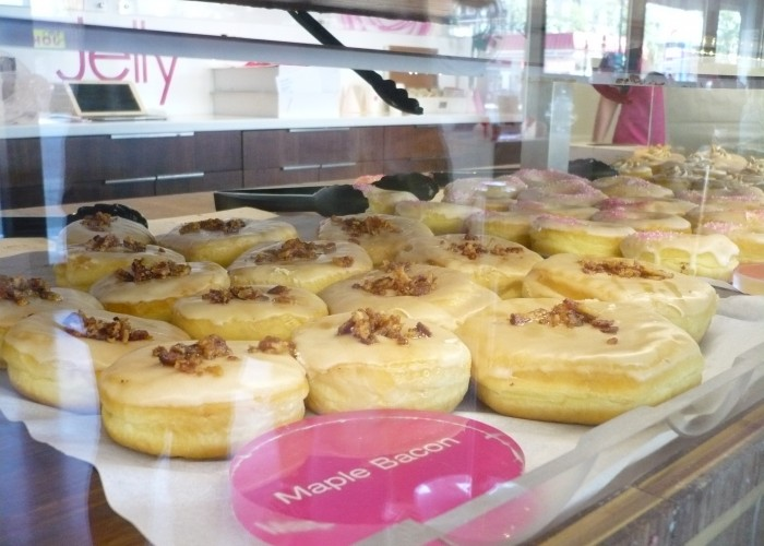 Jelly Modern Doughnuts makes fresh, gourmet, handmade doughnuts.