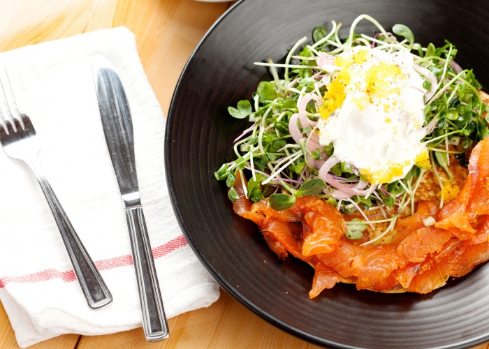 Les Affamés has expanded its menu and now serves lunch and dinner.