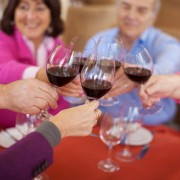 4 ways to make new friends in retirement