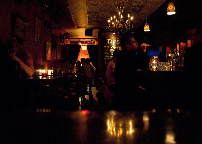 A prohibition-era speakeasy at the foot of Mount Pleasant featuring classic cocktails and decadent, boozy entrees.