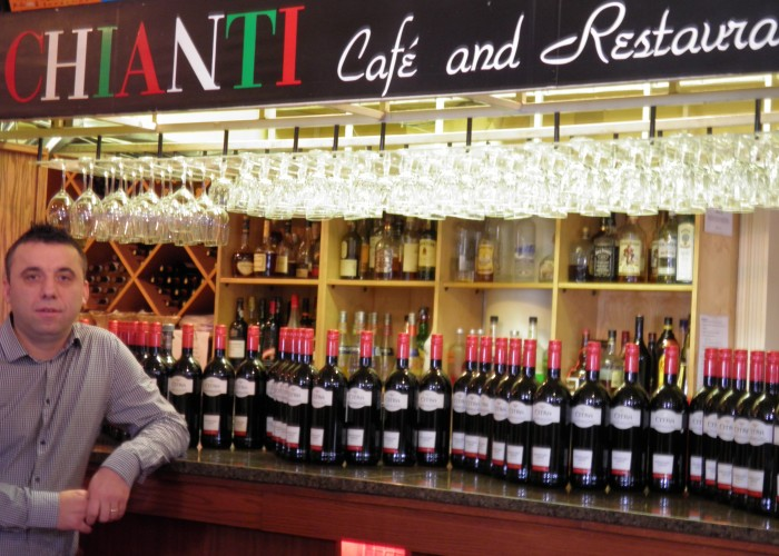 ChiantiOldStrathcona - Italian-style dishes and desserts, for either dining in or take out.