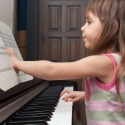 5 things you should know before your kid starts music lessons