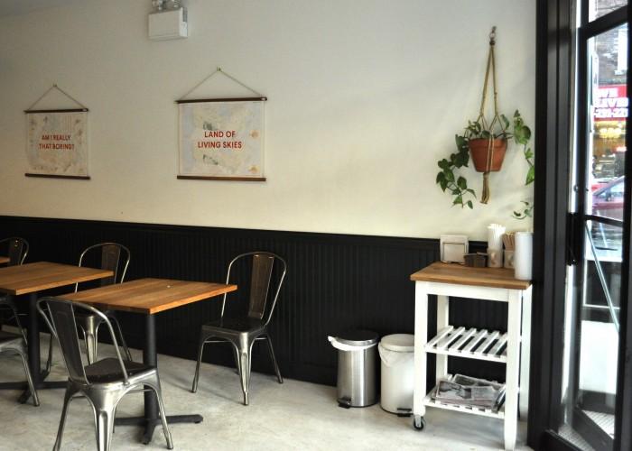 Reunion Island is a laid-back community café offering excellent service.