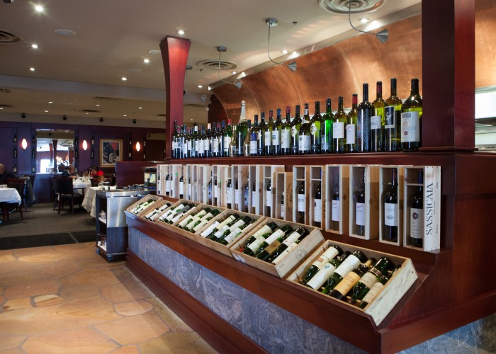 The Rib'N Reef Steakhouse has its own sommelier who will help you choose from its 9,000-bottle wine cellar featuring rare vintages from around the world.