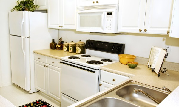 Quick and clever kitchen storage solutions | Smart Tips