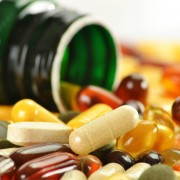 How to maintain healthy nutrition by adding supplements in old age