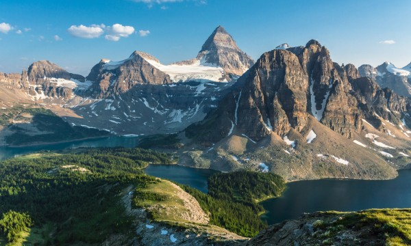 Discover the tallest point in each Canadian province and territory