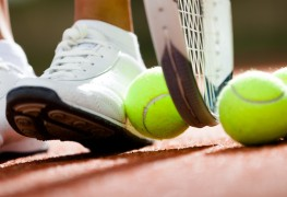 5 tips for perfecting your backhand volley