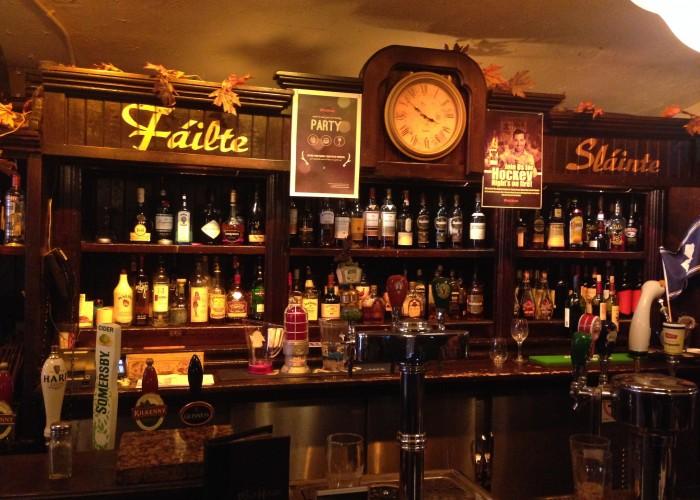 The Pour House, restaurants, Toronto pubs, Annex pubs,