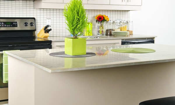 4 ways to maximize space in small kitchens