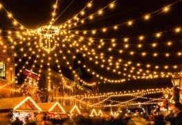 50 must-see holiday season events in Toronto