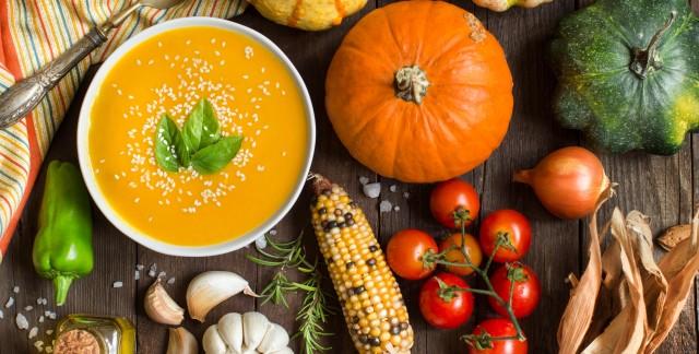 Vegetarian and vegan Thanksgiving dinner in Toronto