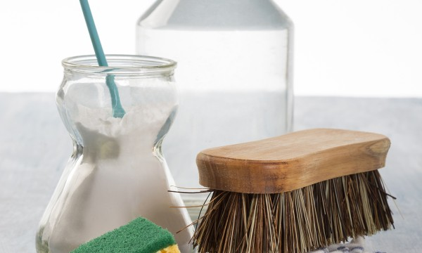 5 things you can clean with vinegar
