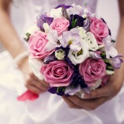 A simple guide to making your own bridal bouquet
