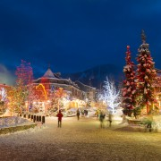 7 places in Canada doing Christmas right