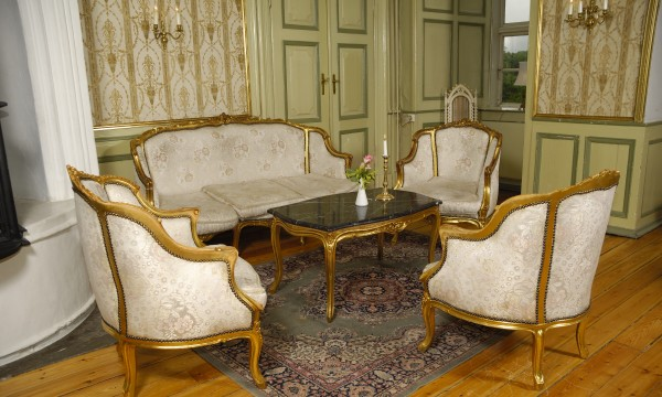 Simple tips for cleaning antique furniture - Simple Tips For Cleaning Antique Furniture Smart Tips