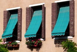 5 advantages of adding awnings to your home
