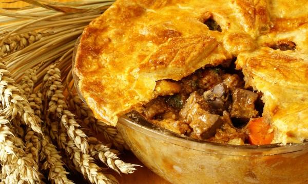 2 savoury meat pie recipes: turkey and beef