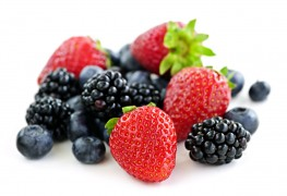 6 tips on berries and blood sugar
