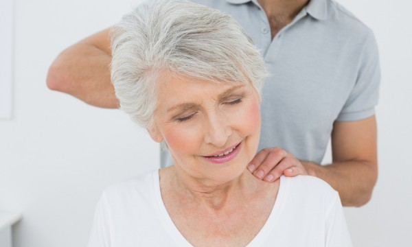 8 fantastic health benefits of massage therapy for seniors