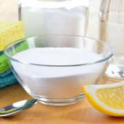 5 simple DIY eco-friendly cleaning products