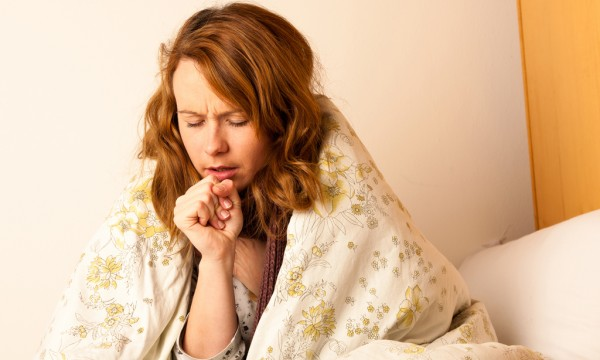How to care for a sore throat and stubborn cough