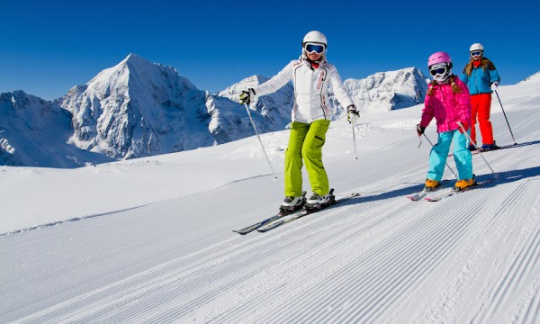 Ski instructor certification: how to become a teacher | Smart Tips