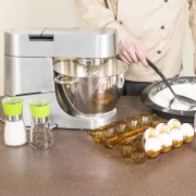 Top tips for maintaining food processors and blenders