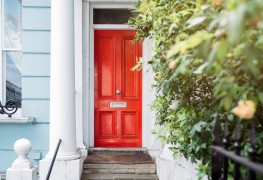 How to pick the right paint colour for your front door