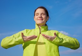 4 ways to exercise your lungs