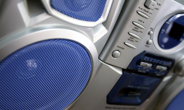 4 ways to keep your CD and DVD players working like new